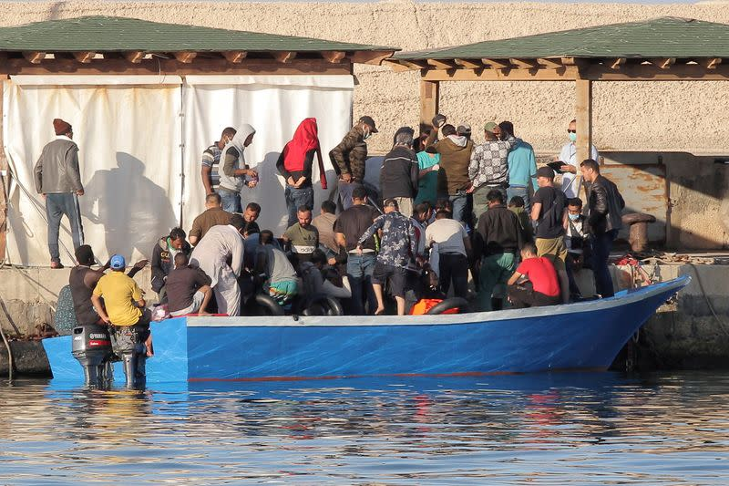 Number of migrants landing in Italy more than doubles in past year