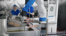 The future of fast-food will include robots: former Sonic CEO