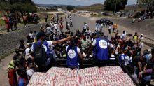 Venezuela : un premier convoi humanitaire entre dans le pays, Maduro rompt avec la Colombie