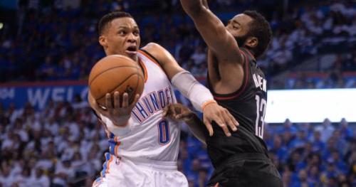 Basket - NBA - Première victoire face à Houston pour l'Oklahoma City Thunder, James Harden manque le tir de la gagne