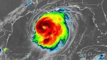 Furacão Laura: tempestade chega aos EUA com ameaça de 'ressacas catastróficas, ventos extremos e inundações'