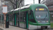 """Insulta disabile sul tram: """"Handicappato, fammi sedere"""""""