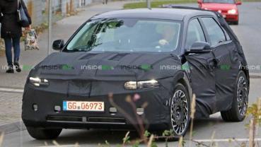 E-GMP 平台跨界電動休旅:現代 IONIQ 5 偽裝車曝光、預計 2021 年正式發表