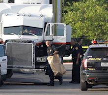 Human trafficking suspected as nine people die in sweltering lorry at Texas car park