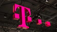 T-Mobile Stock, Sprint Pare Gains As DOJ Takes Tougher Stance Than FCC