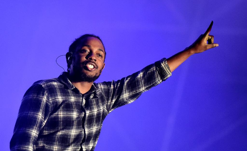 Kendrick Lamar readies album with U2 credit