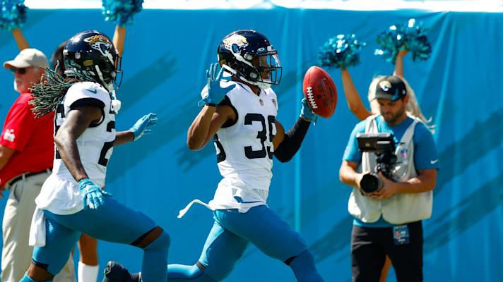 Jaguars' Jamal Agnew ties NFL record with 109-yard touchdown