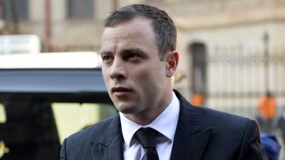 Raw: Pistorius Arrives at Court As Trial Resumes