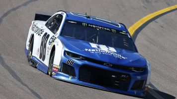 Nationwide will no longer be on Hendrick's side