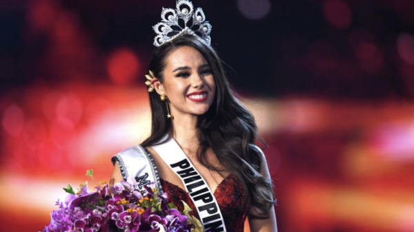 380118d53d Mother of newly crowned Miss Universe had a dream her daughter would win in  red dress