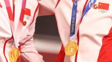 Olympics-Chinese champions wear Mao badges on cycling podium