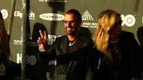 Rock and Roll Hall of Fame inductees arrive in Cleveland