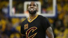 LeBron James will not waive no-trade clause, report says