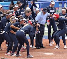 USA Softball walks off again to stay unbeaten before gold-medal game against Japan