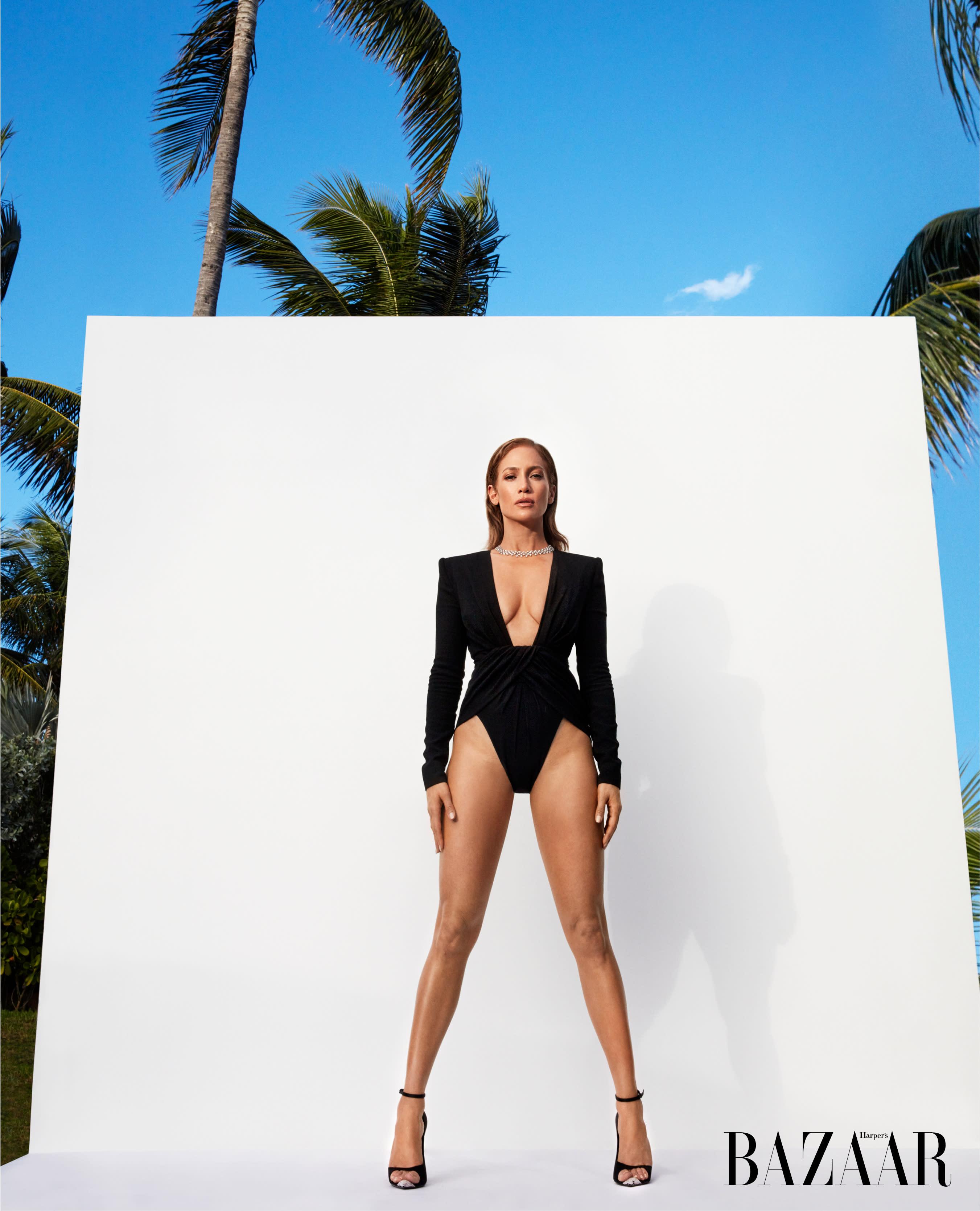 f18ce743bf Jennifer Lopez