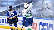 Canucks' Troy Stecher honors late dad after Game 1 goal