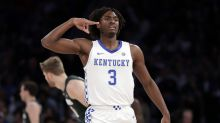 Kentucky new No. 1 in AP Top 25 after beating Michigan State