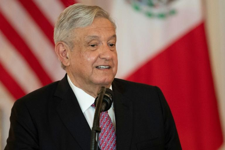 Mexican president wants predecessors to testify about bribes