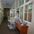 Ukraine battles post-lockdown virus surge