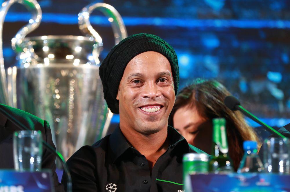 Ronaldinho debutará con el Barcelona Legends en el Clásico ante el Real Madrid