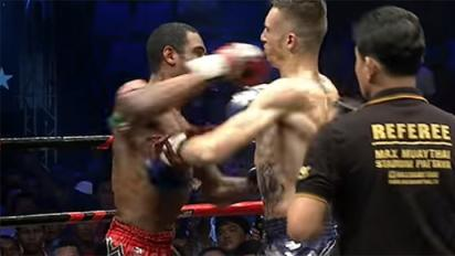 Muay Thai fight ends with double knockdown