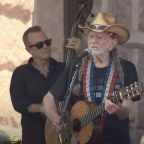 See Willie Nelson Perform at Voting Rights March in Austin