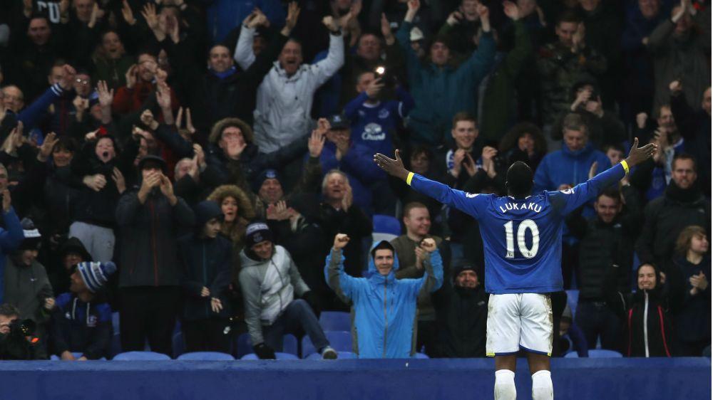Lukaku makes history as he edges closer to Premier League Golden Boot