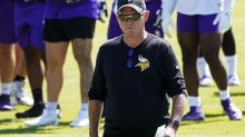 Vikings reassign unvaccinated coach Dennison to advisor role