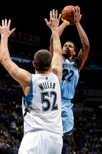 MINNEAPOLIS, MN - APRIL 17: Rudy Gay #22 of the Memphis Grizzlies shoots against Brad Miller #52 of the Minnesota Timberwolves on April 17, 2012 at Target Center in Minneapolis, Minnesota. (Photo by David Sherman/NBAE via Getty Images)
