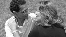 """Namorados na juventude, casal se reencontra após 35 anos e troca alianças: """"Era para acontecer"""""""
