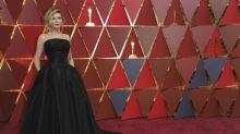 Los vestidos negros que triunfaron en los Oscars