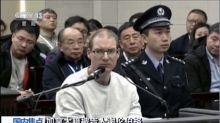 China condena a canadiense a morir, agravando tensión