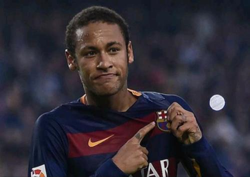 Neymar se 'anima' com Premier League e cita clubes que admira