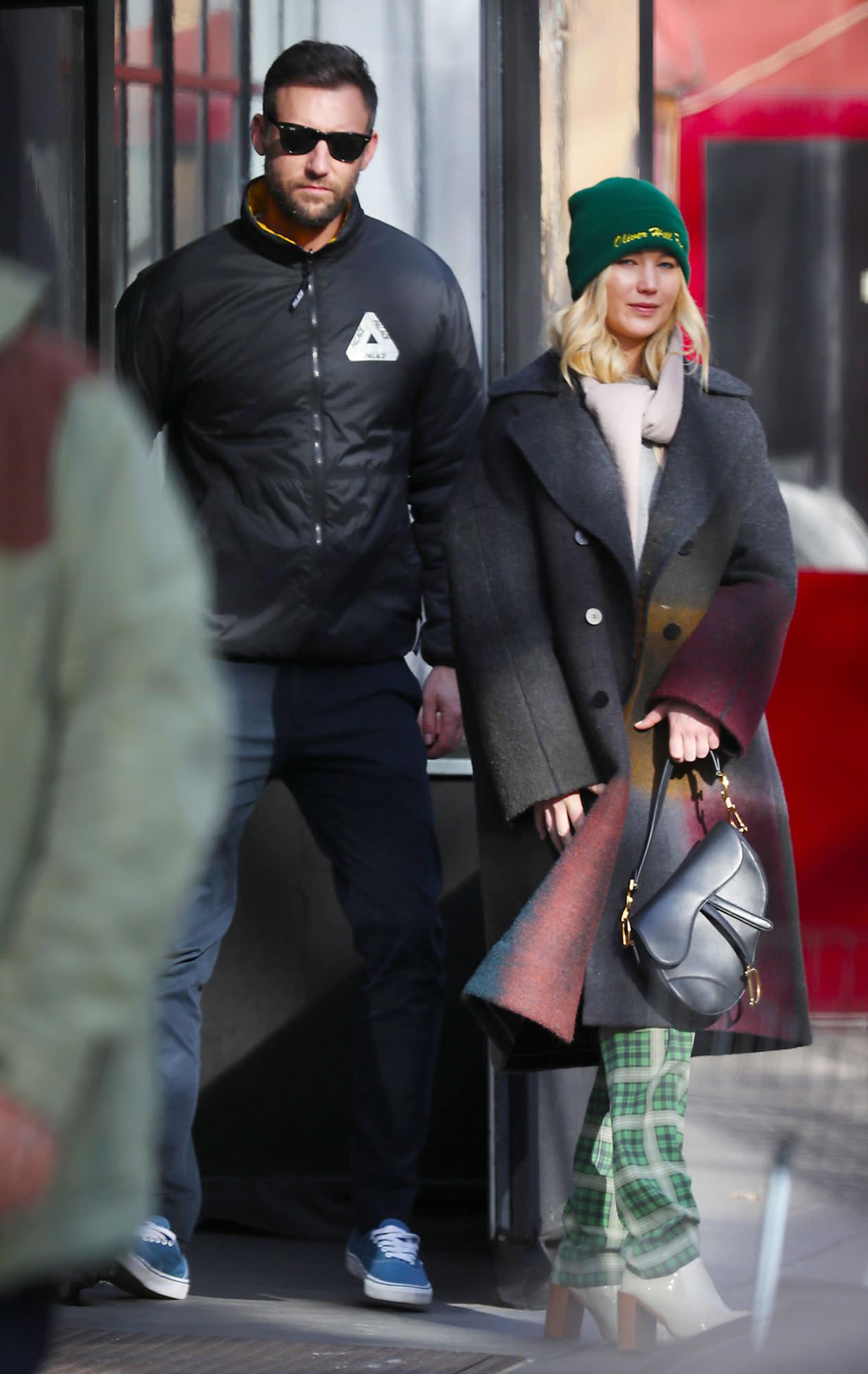 Jennifer Lawrence and Boyfriend Cooke Maroney Bundle Up ...