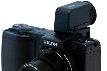 Ricoh's eye-catching GX200 camera gets reviewed