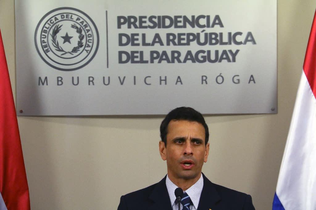 Venezuelan opposition leader Henrique Capriles delivers a press conference in Asuncion, Paraguay on June 13, 2016