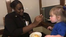 Olive Garden Waitress Feeds Fussy Toddler So Child's Mother Could Enjoy Meal: 'We're Family Now'