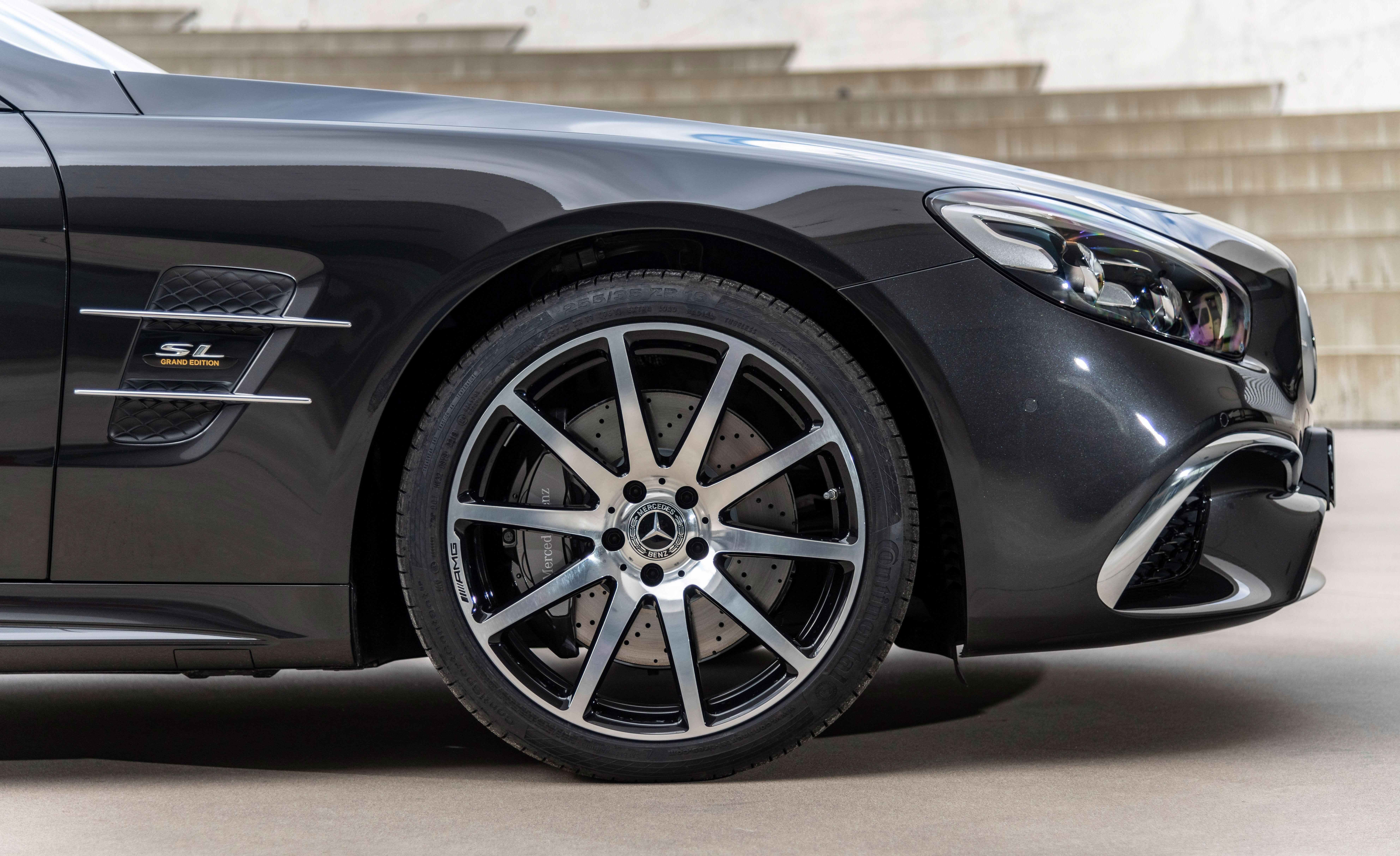 """<p>As the sixth generation of the classic <a href=""""https://www.caranddriver.com/mercedes-benz/sl-class"""" rel=""""nofollow noopener"""" target=""""_blank"""" data-ylk=""""slk:Mercedes-Benz SL"""" class=""""link rapid-noclick-resp"""">Mercedes-Benz SL</a> comes to an end, the automaker is rolling out a special black-and-brown-themed Grand Edition.</p>"""