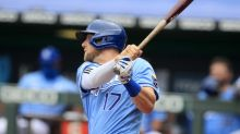Dozier, Singer lead Royals over Twins 4-2 for 3-game sweep