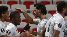 Sieg in Nizza: Leverkusen zieht locker in die Zwischenrunde ein