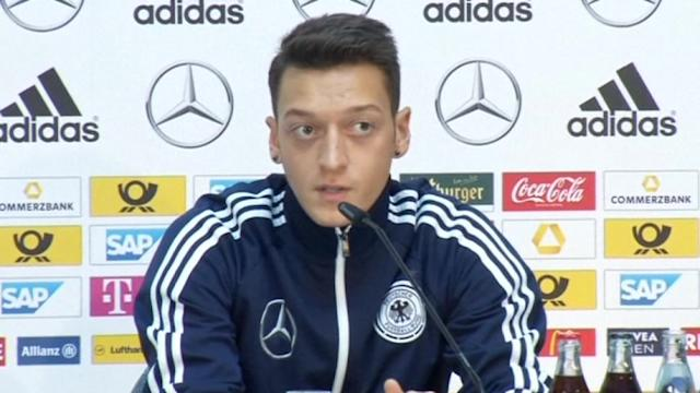 Ozil shrugs off Real criticism ahead of Ireland match