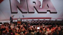 L'État de New York porte plainte contre le puissant lobby pro-armes NRA