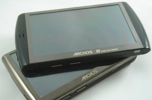 New Archos 5 with Android unboxed, meets its chubby predecessor