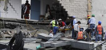 Videos: Buildings sway during Mexico quake