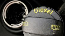 Volkswagen, Daimler agree to pay for diesel fixes