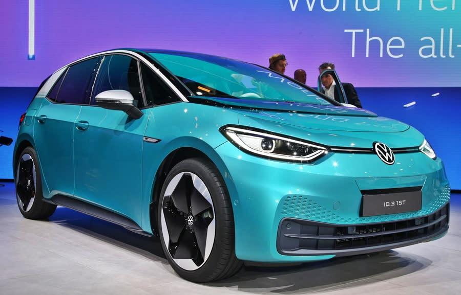 VW Should launch its 550 km range EV hatch in India!
