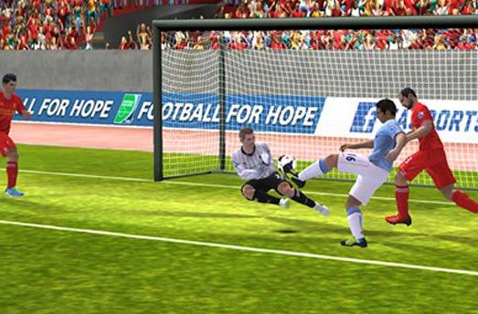 FIFA 14 is now available for Windows Phone footie fans