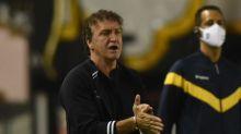 Cuca fala sobre sequência de jogos e necessidade de encorpar o elenco do Santos