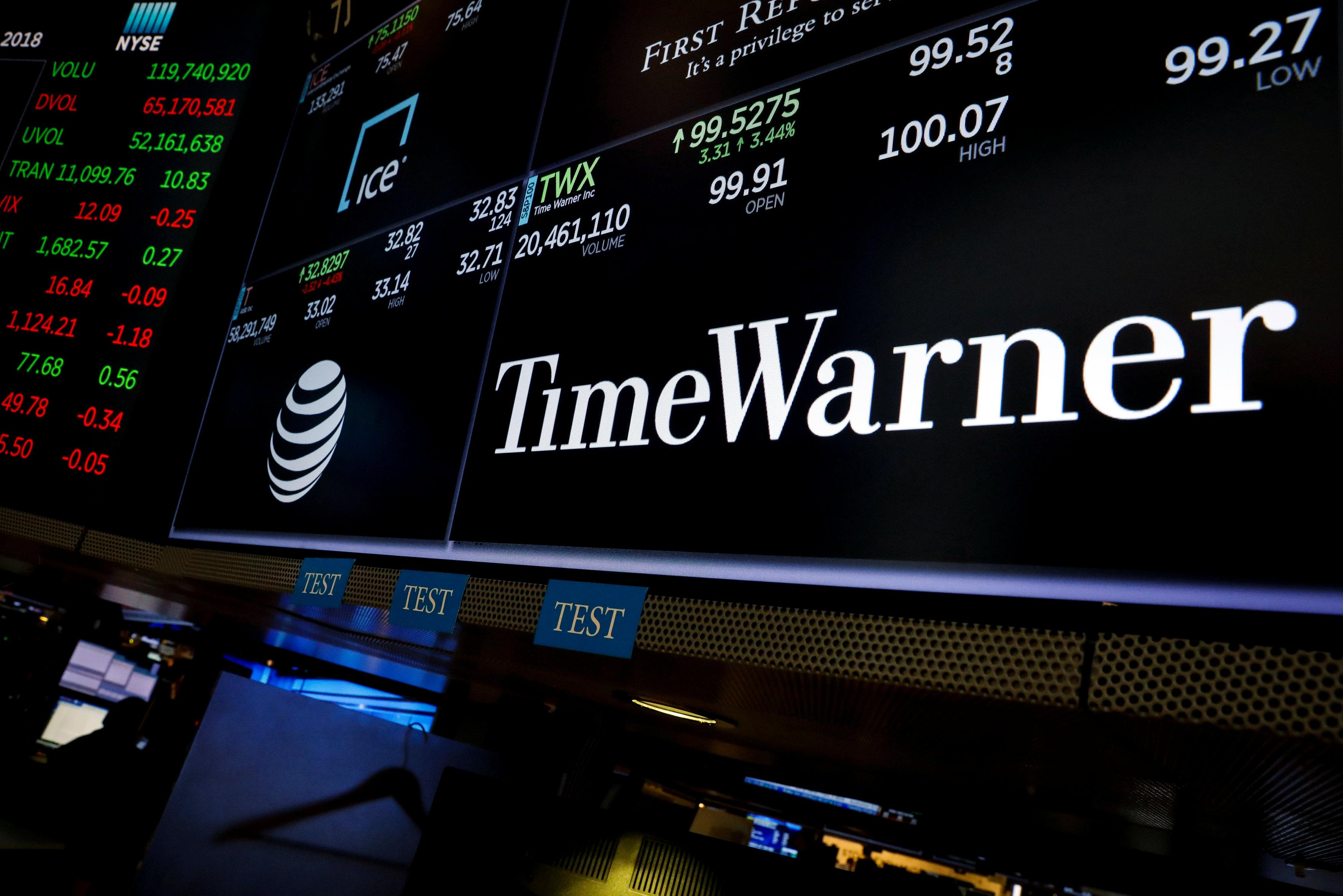 With Or Without Time Warner Att Stock Isnt Worth Buying
