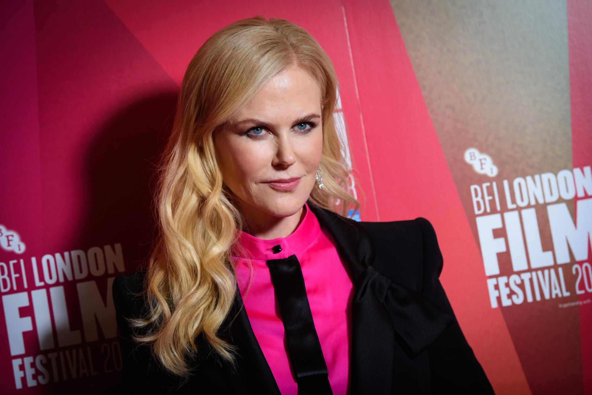 Nicole Kidman Looks Completely Unrecognizable As An Lapd